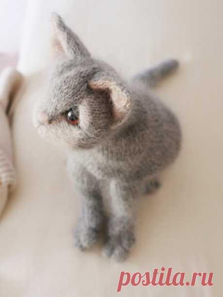 Вязаные спицами кошки Grey Kitten Calico Cat - Вяжи.ру