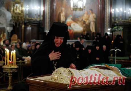 Упокой, Господи, Святейшего патриарха Алексия во Царствии Твоем. - СТАНИСЛАВ САДАЛЬСКИЙ