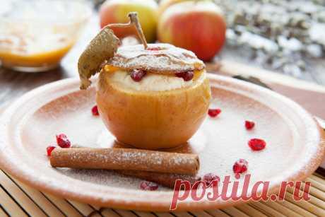 Яблоки, фаршированные сливочным сыром — Кулинарная книга - рецепты с фото