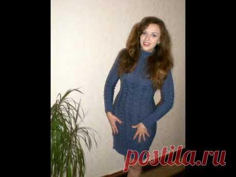 100. Вязаное платье регланом сверху с косами и жгутами.