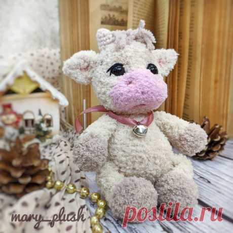 PDF Телёнок крючком. FREE crochet pattern; Аmigurumi animal patterns. Амигуруми схемы и описания на русском. Вязаные игрушки и поделки своими руками #amimore - корова, коровка, телёнок, плюшевый бык, бычок из плюшевой пряжи.