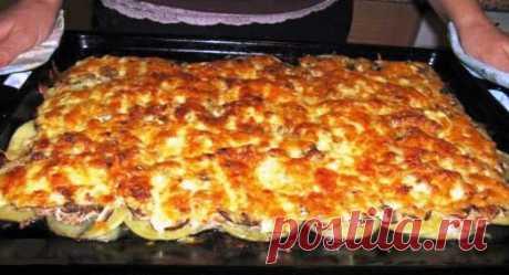Рецепт вкуснейшей картофельной запеканки с фаршем и грибами Запеканки из картофеля, грибов и фарша – это очень гармоничное блюдо, вкусное...