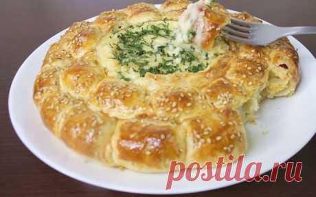 Пирог с сыром Камамбер