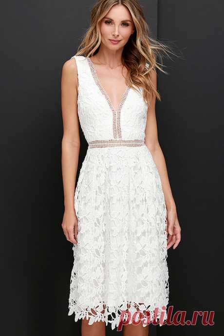 Beloved Bloom Ivory Lace Midi Dress at Lulus.com!