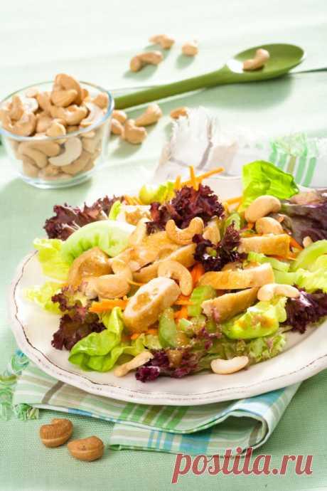 Салат с орехами и сельдереем – Lisa.ru