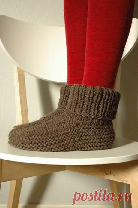 Вяжем носки на 2 спицах
