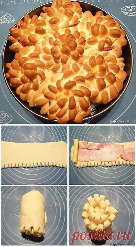 """Пирог """"хризантемы"""" с беконно-сырной начинкой."""