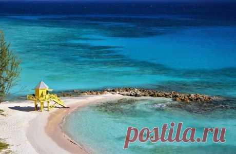 Барбадос - Океания   Барбадос - волшебный рай в самом сердце Карибского бассейна. Барбадос как красивая жемчужина в Карибском море. Страна остров, расположенный на границе между Карибским морем и Атлантическим океаном, одно из самых привлекательных мест для экзотического отдыха и туризма.