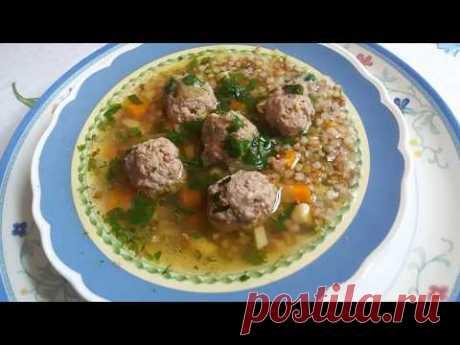 Naivkusneyshy grechnevyy la sopa. Como contengo la cocina en la limpieza.