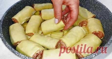 Потрясающий обед или ужин на сковороде из простых продуктов Вкусные фаршированные пирожки с картофелем на сковороде, подаем с самыми разными соусами