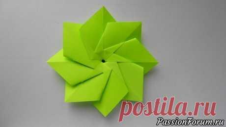 Простой цветок из бумаги. Поделки оригами для начинающих - запись пользователя Getera (Александра Смирнова) в сообществе Работа с бумагой в категории Оригами Сделать самый простой цветок из бумаги для декорирования подарка можно всего за 2 минуты и без особых усилий, используя технику оригами. Для создания бумажного цветка потребуется 8 листов бумаги размером 6*6 см. или любой иной размер.