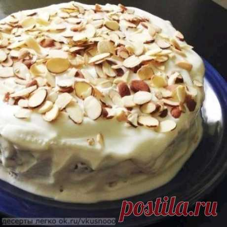 Smetannik cake \u000aINGREDIENTS \u000aCONDENSED MILK of 1 bank \u000aSUGAR of 100 g \u000aWHEAT FLOUR of 8 tablespoons \u000aBUTTER of 100 g \u000a20% SMETANA of ½ kg \u000aCOCOA 1 tablespoon \u000aSODA 1 teaspoon \u000aEGG 2 pieces \u000aINSTRUCTION OF PREPARATION \u000a1. Shake up butter of room temperature with eggs. Add condensed milk and shake up. \u000aHow to check quality of eggs \u000a2. Sift flour, extinguish soda vinegar and add to dough, carefully mix. \u000a3. Divide ready dough into 2 parts, in one