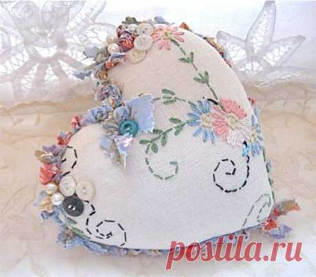 valentine heart pillow- pretty- shabby chic pillow- romantic Valentine pillow…