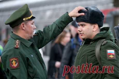 Госдума увеличила денежное довольствие военнослужащих — Российская газета