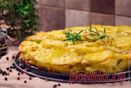 """Картофельный пирог - рецепт с фото - FoodForLife Картофельный пирог, рецепт приготовления с простой пошаговой инструкцией и фото. Кулинарный блог """"FoodForLife""""."""