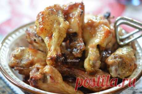 Куриные крылышки с коричневым маслом и медом | Foodbook.su Для любителей куриных крылышек. Очередной несложный рецепт.