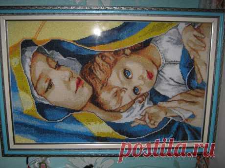 Мадонна с ребёнком (бисер).
