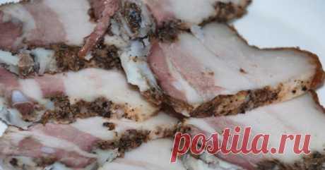 Я всегда готовлю свиную грудинку в пакетах. Рецепт простой, а вкус потрясающий