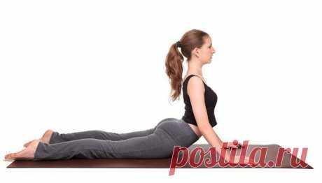 5 простых поз йоги, которые помогут избавиться от жира на животе  Сжечь жир на животе чаще всего — самая сложнаязадача в похудении.  Зато его появление в первую очередь бросается в глаза другим. Но хуже  всего, что этот жир негативно сказывается на нашем здоровье.…