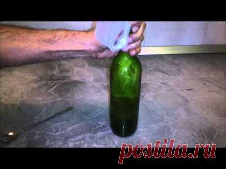 Как достать пробку из пустой бутылки при помощи… пакета