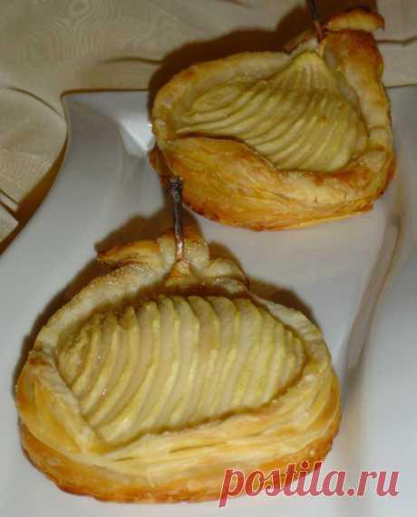 Необычные и очень вкусные слойки с грушами и орехами