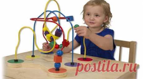Игрушки для детей своими руками, простые из подручных материалов Для Вас варианты поделок. Игрушки для детей, сделанные своими руками из подручных материалов. Простые, оригинальные развивающие, из картона, для маленьких.