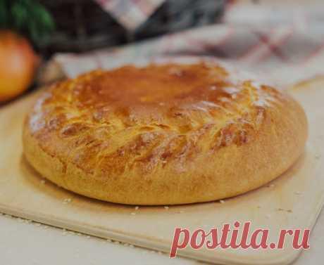 Постный быстрый пирог с капустой и грибами