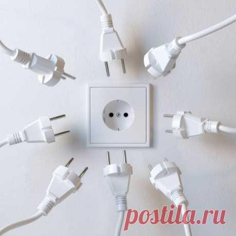 За мной повторили все друзья: 10 крутых советов от электрика. Чтобы розетки и выключатели всегда были под рукой.