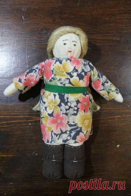 Сегодня мы познакомимся с игровой куклой военного времени 40-х г.г.