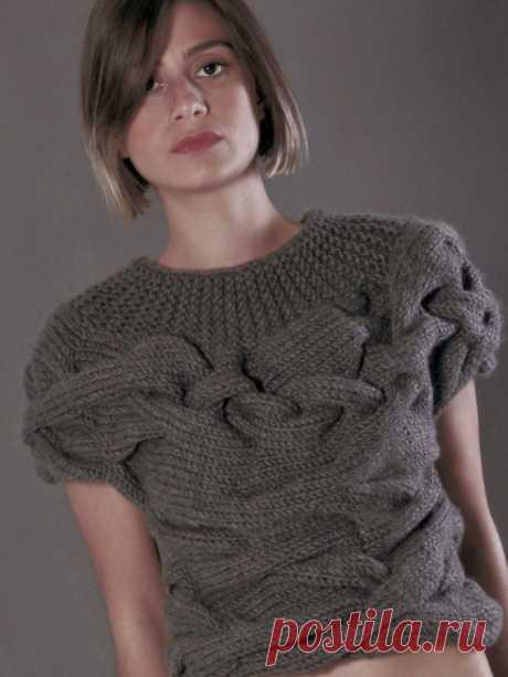 Оригинальный пуловер спицами с широкими косами | Вяжем с Лана Ви