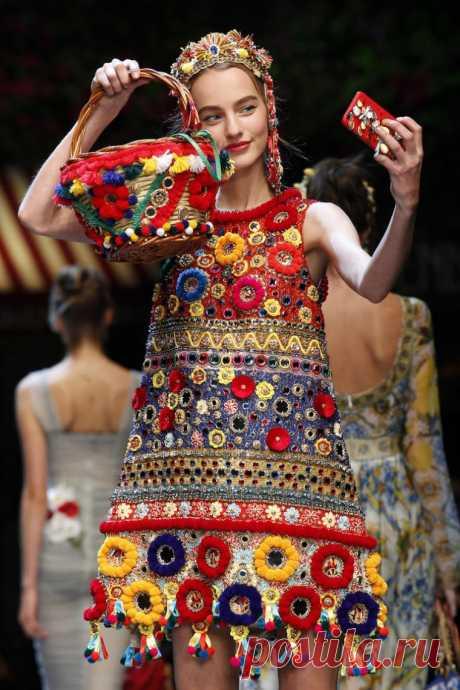 «Аксессуаров много не бывает»: яркие и стильные детали коллекции Dolce&Gаbbana весна-лето 2016 | Журнал Ярмарки Мастеров