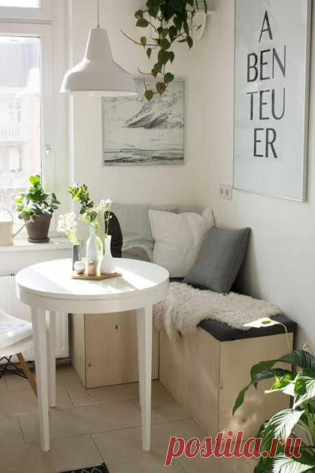 На кухне диван с ящиками - это удобно и место для хранения есть   Дизайнер интерьера & Любитель   Яндекс Дзен