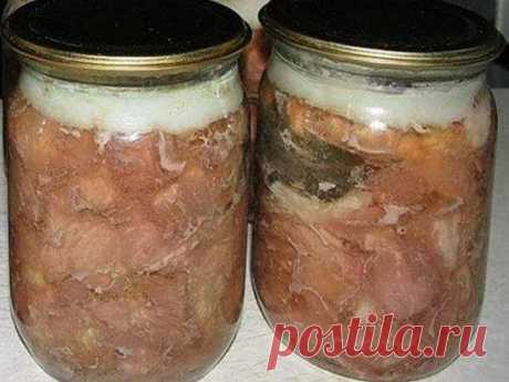Как сделать свиную тушенку