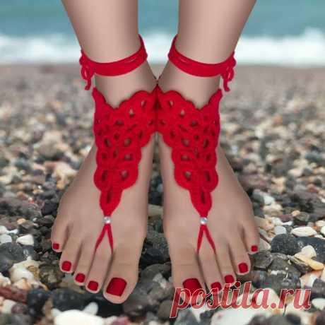 Летний пляжный браслет на ногу крючком. Схемы и мастер-классы