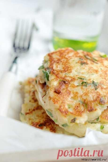 Картофельно-сырные оладьи.