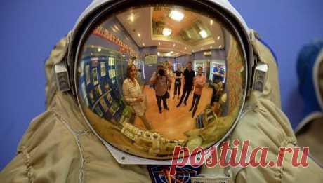 Ученые предлагают защитить космонавтов от радиации шлемом из полиэтилена | Наука и технологии