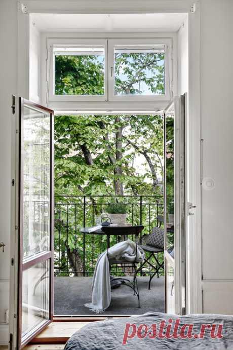 Юридически: Можно ли сделать французское окно на балкон Присоединять и утеплять балкон не будем — речь только о том, чтобы впустить свет в комнату! Это разрешено?