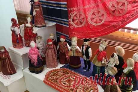 Предлагаем совершить виртуальную экскурсию познакомиться или ещё раз встретиться с кукольными коллекциями и композициями созданными участницами нашей мастерской.