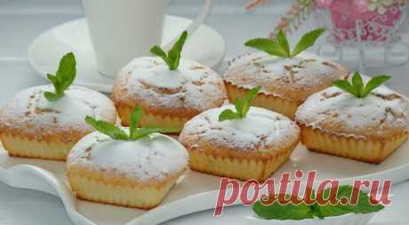 Творожные кексы с манкой Нежные творожные кексы с манкой по вкусу напоминают суфле и получаются воздушными и вкусными. На их приготовление уйдет не так Читай дальше на сайте. Жми подробнее ➡