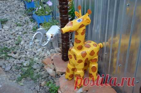 Жираф из пластиковых бутылок своими руками: пошаговая инструкция для начинающих с фото Как сделать своими руками жирафа из пластиковых бутылок: материалы, мастер-класс, советы по декорированию, вариант с использованием монтажной пены.