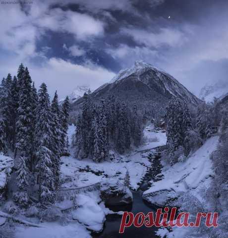 Dombai, Karachay-Cherkess Republic. The author of a photo is Alexander Trashin: Kind dreams!