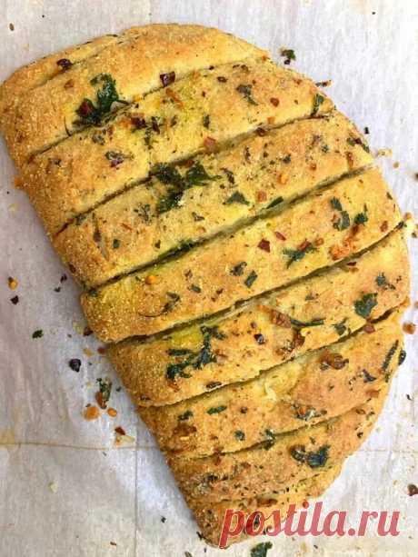Хрустящий чесночный хлеб с начинкой (простой рецепт) | Другая Кухня /Дневник фудблогера | Яндекс Дзен