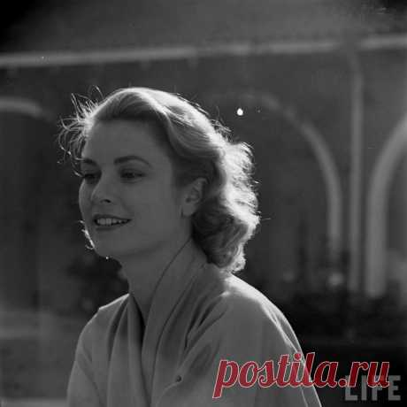 The special edition: Grace Kelly: humus — ЖЖ