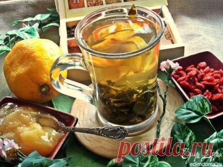 Такой чай хорошо выпить при простуде и вялости.