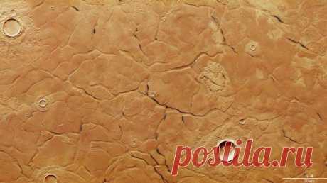 Фото: на Марсе нашли поверхность, похожую на лабиринт - Hi-Tech Mail.Ru