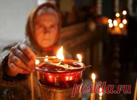 Вот почему нельзя поджигать свечу от рядом стоящей?