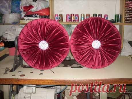 طرقة خياطة مخدة دائرية لزينة الصالون المغربي_ Method of sewing a pillow in the form of a circle - YouTube