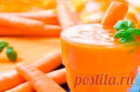 👌 Невероятно вкусный смузи яблоко-морковь-банан, рецепты с фото Если вы хотите начать свой день со здоровой пищи, тогда смузи — это самый лучший вариант. Видов смузи так много, что иногда трудно выбрать, какой именно сделать. Мы предлагаем сдел...