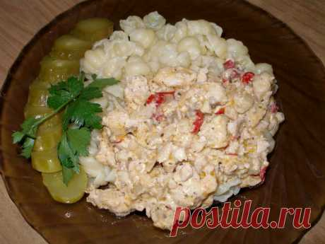 Филе куриной грудки с болгарским перцем в сметане