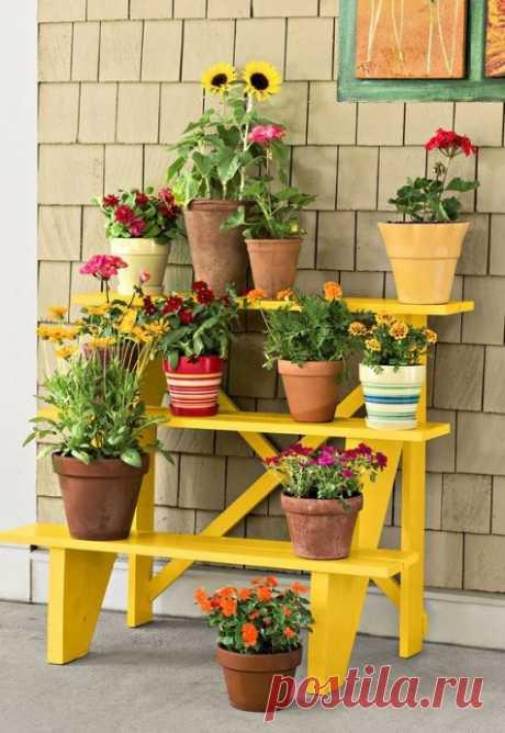 Цветочные стеллажи для балкона